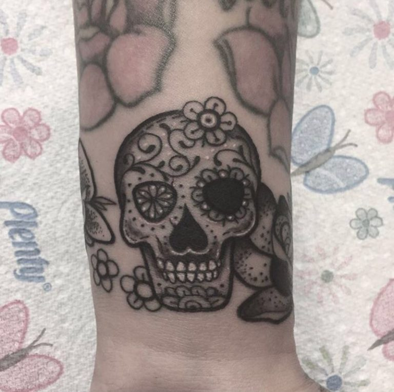 tattoo artists - tattoo and piercing shop enfield - underground tattoos - london - EN1 1YY UK